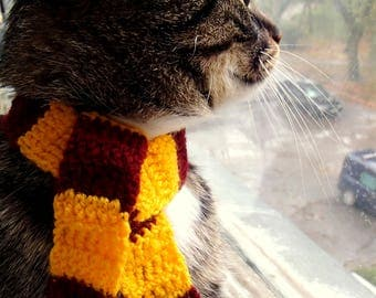 Scarf for cat Gift for your pet Harry Potter inspired scarf for cat Pretty cat neckwear Crochet cat scarf Pet accessories