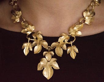 Vintage Kunio Matsumoto Trifari TM Grape Leaf Set Demi Parure Necklace and Earrings Signed Statement Costume Wedding Jewellery