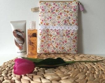 Flowers/ Wash Bag / Makeup Bag / Toiletry bag / Travel bag