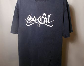 90s NO FEAR So Cal Graphic Text Logo Black Tee Sz Large Faded Thrashed Bleach Skate Grunge Goth Streetwear Script California Trashed 1990s