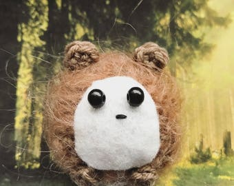 Little Hedgehog Amigurumi, crocheted animal, presentidea, fluffy, luckycharm, keychain, autumn animal
