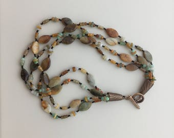 Cool Elegant Beaded Jade Necklace