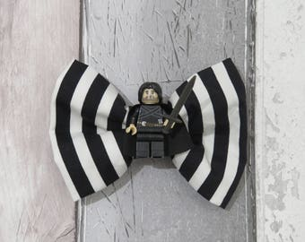 MiniFigure Game Of Thrones Jon Snow Lego Dog Bow Tie, Dog clothing, Doggy Bow Tie, Puppy Bow Tie, Detachable Bow Tie, Slip on bow tie