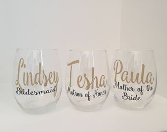 Set of 7 or 8 Bridesmaid Wine Glasses | Personalized Wine Glasses | Bridesmaid Gift
