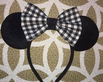black and white Bow Mickey Ears, Minnie Mouse Ears, Mickey Mouse Ears, Minnie Ears, Mickey Ears, Disney Ears, Disney World, Disney