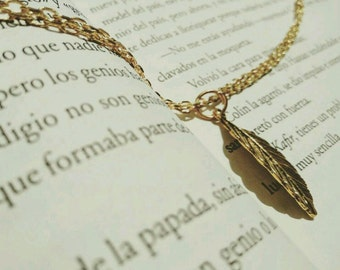 Feather bracelet, jewel, relics