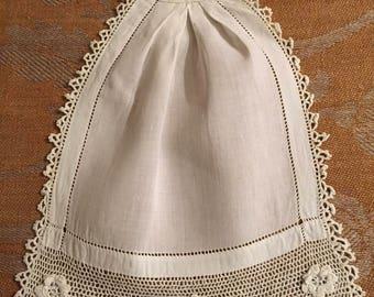 Linen & Cotton Crocheted Flower Jabot