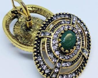 Women's Vintage green stone kundan earring