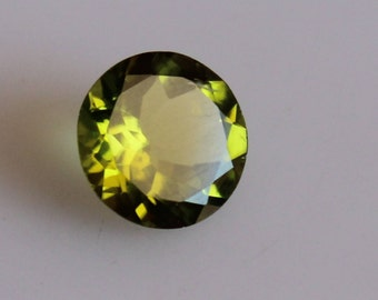 Natural 11.2  mm Round Green Peridot Faceted High Quality Gemstones-AAA Peridot 4.30 ct