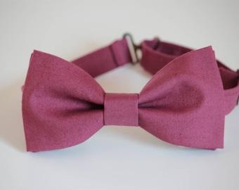 Plum bow tie, boys bow tie, plum mens bow tie, wedding bow tie, groomsmen bow tie, groom bow tie, ring bearer bow tie, fall bow tie, purple