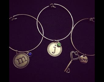 Customizable Round circle initial bangle bracelet