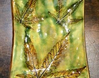 Funky cool 3 leaf impression small tray