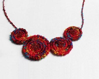 Bib necklace craft, Pop Rainbow Red.