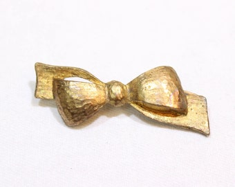Vintage Gold Tone Bow Pin, Vintage Lapel Pin, Bow Brooch