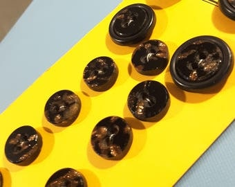 Victorian goldstone glass buttons (13.)