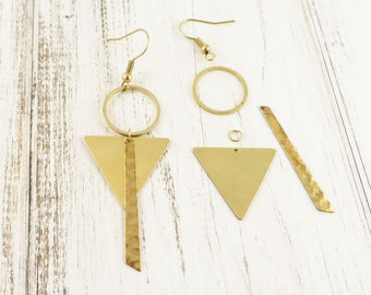 Brass earrings diy Kit rough circle and triangle hammered bar. K-003