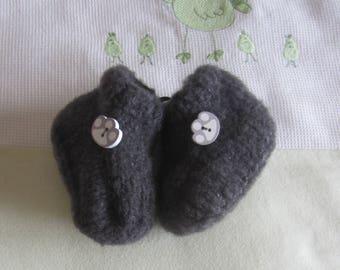 """Gray"" - hand made knit newborn baby booties"