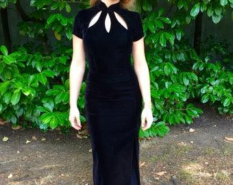 Stunning 90s Black Velvet Jessica McClintock Gown - DEADSTOCK