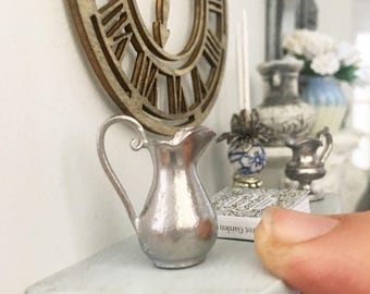 Miniature pewter jug - medium size pitcher - Dollhouse - Diorama - Roombox - 1:12 scale