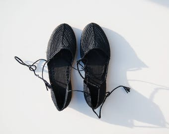 Black Raffia Shoes / Raffia Slippers / Raffia Slip ons / Raffia clogs / Moroccan Boubouches