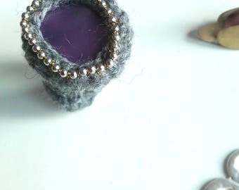extra fine Merino Wool grey ring with beaded mix/ring
