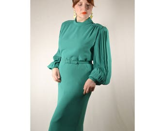 Green Pleated Long Sleeves Shift Dress with Belt // Zippered Closure. Fully Lined, Midi Length