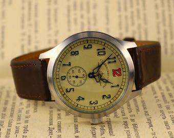 Pobeda Aviator military mechanical wrist watch, vintage watch, russian watch, ussr warch, mens watch, watch for men. leather strap
