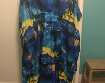 Vintage Royal Creations Hawaiian Muumuu