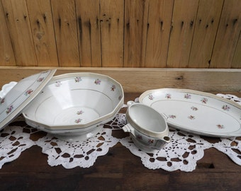 Antique vintage old French porcelain serving set. Soup bowl, dish and gravy boat, shabby chic flowers 1950