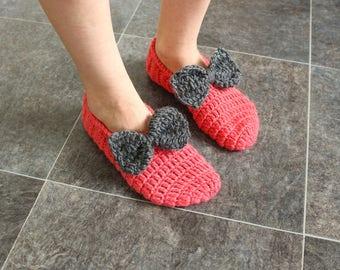 Wool knit slippers Crochet slippers Adult slippers Knit slippers Bow slippers Pink slippers Valentines slippers Hand knit socks Girls socks