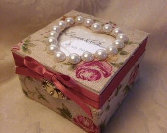 Custom Made Personalised wooden Elegant Ring Box Jewellery Box Ring Bearer Wedding Pearls rustic shabby chic burlap vintage Floral Rose box