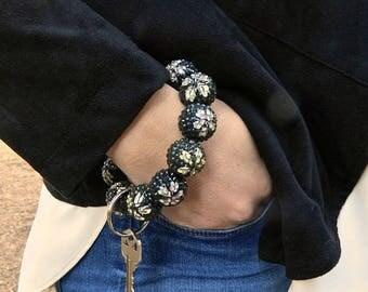 Keychain Bracelet, Bracelet Keychain, Beaded Keychain, Key Wristlet, Handsfree Keychain, Bracelet for Keys,  Fashion Keychain