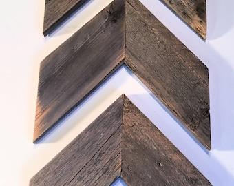 Chevron Arrow - Rustic Reclaimed Weathered Wood, Farmhouse Style, Rustic Arrows, Shabby Chic Arrows, Primitive, Shabby Chic