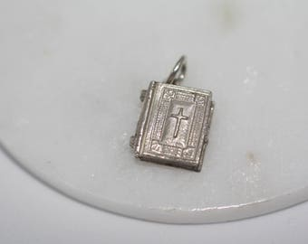 Sterling Silver Charm - Holy Bible, Opens up to reveal text. collectable, vintage charms, pendant, charm bracelet.