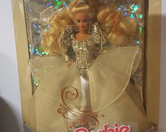 1992 Happy Holidays Barbie Doll (01429)