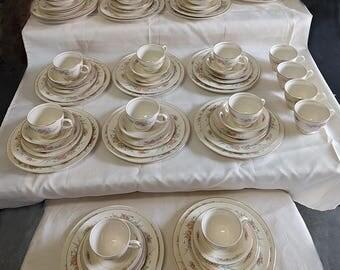 "Vintage Homer Laughlin Eggshell Nautilus ""Cashmere"" China, 80 pieces"