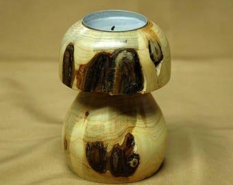 Mushroom candle holder in Juniper