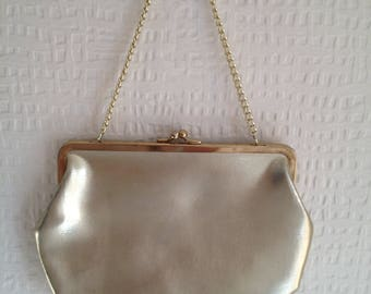 80's Gold evening snap-fastening purse with gold chain