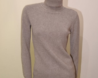 Women's turtleneck soft and hot