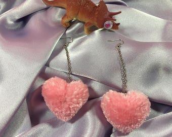 Heart Pom Pom Earrings   12 Corazones