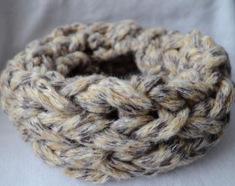 Super soft and warm knitted infinity scarf
