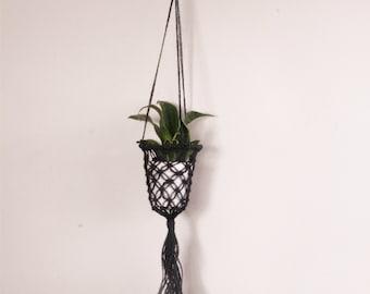 Black Laced Plant Hanger