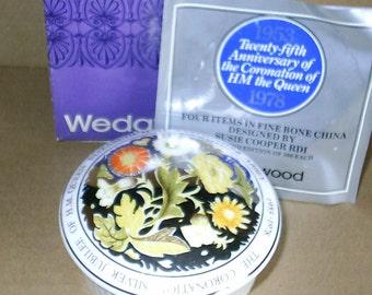 Wedgwood Susie Cooper Queen Coronation Jubilee Round Box
