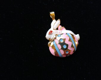 Easter Bunny Egg Pendant – Easter Basket Gift – Easter Bunny - Easter Egg -Enamel Jewelry - Rabbit Jewelry – Easter Gift - Easter Necklace