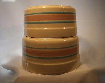 McCoy USA Nesting Souffle Bowls 0144, 0142