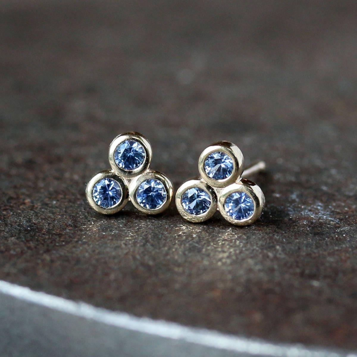 blue sapphire stud earrings three stone studs trinity. Black Bedroom Furniture Sets. Home Design Ideas