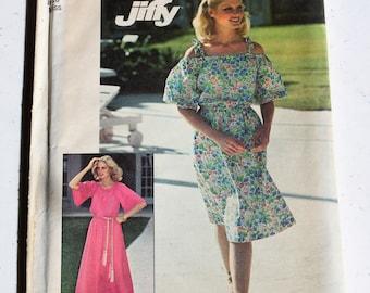 UNCUT Vintage Simplicity Pattern7470 Misses' Dress Size 8-10