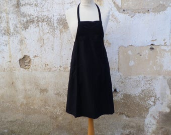 Vintage French 1920/1930s black cotton sateen chore   apron  2 pockets /worker wear/Farm/countryside