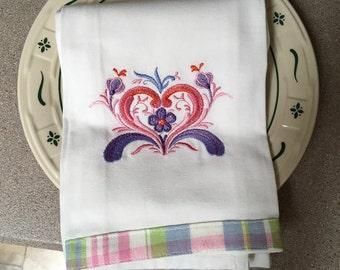 Rosemaling Heart  Dishtowel in White