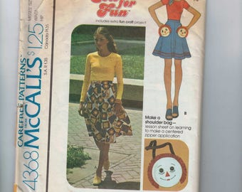 1970s Vintage Sewing Pattern McCalls 4368 Misses Raggedy Anne Rag Doll Purse Skirt Pockets Bias Skirt Size 8 Bust 31 1/2 Waist 24 70s 1974